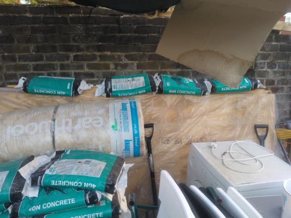 Surplus Building Materials To Sell Bags Of Ready Mix